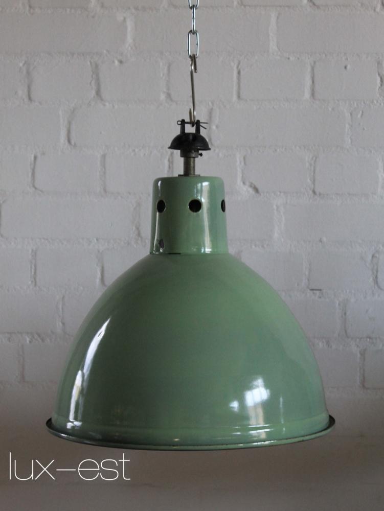 spring fabrikdesign industrielampe gr n kaufen lux est. Black Bedroom Furniture Sets. Home Design Ideas