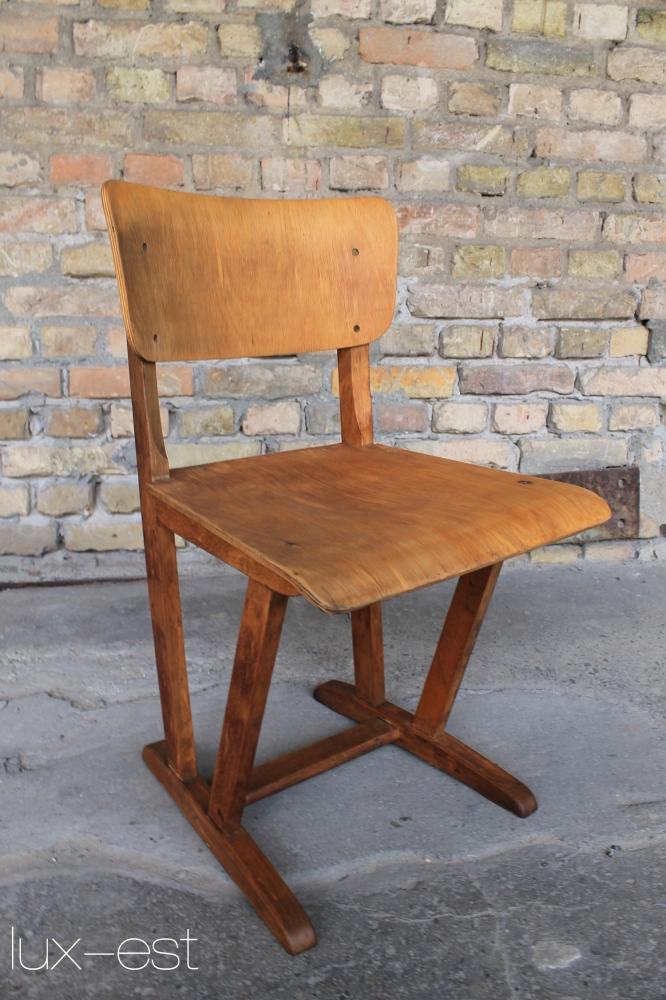 Penne holzstuhl vintage rustikaler garten kaufen lux est for Stuhl design schule