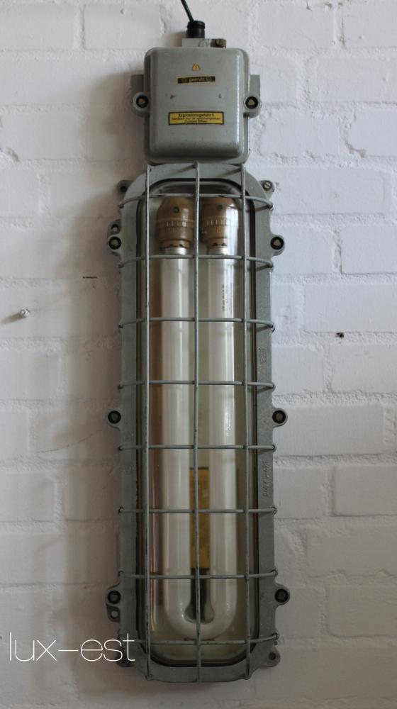 bernau industrie design ex bunker lampe neon eow lux est. Black Bedroom Furniture Sets. Home Design Ideas